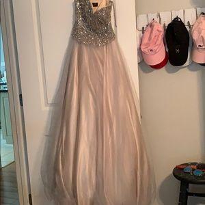 Princess cut strapless dress size 0